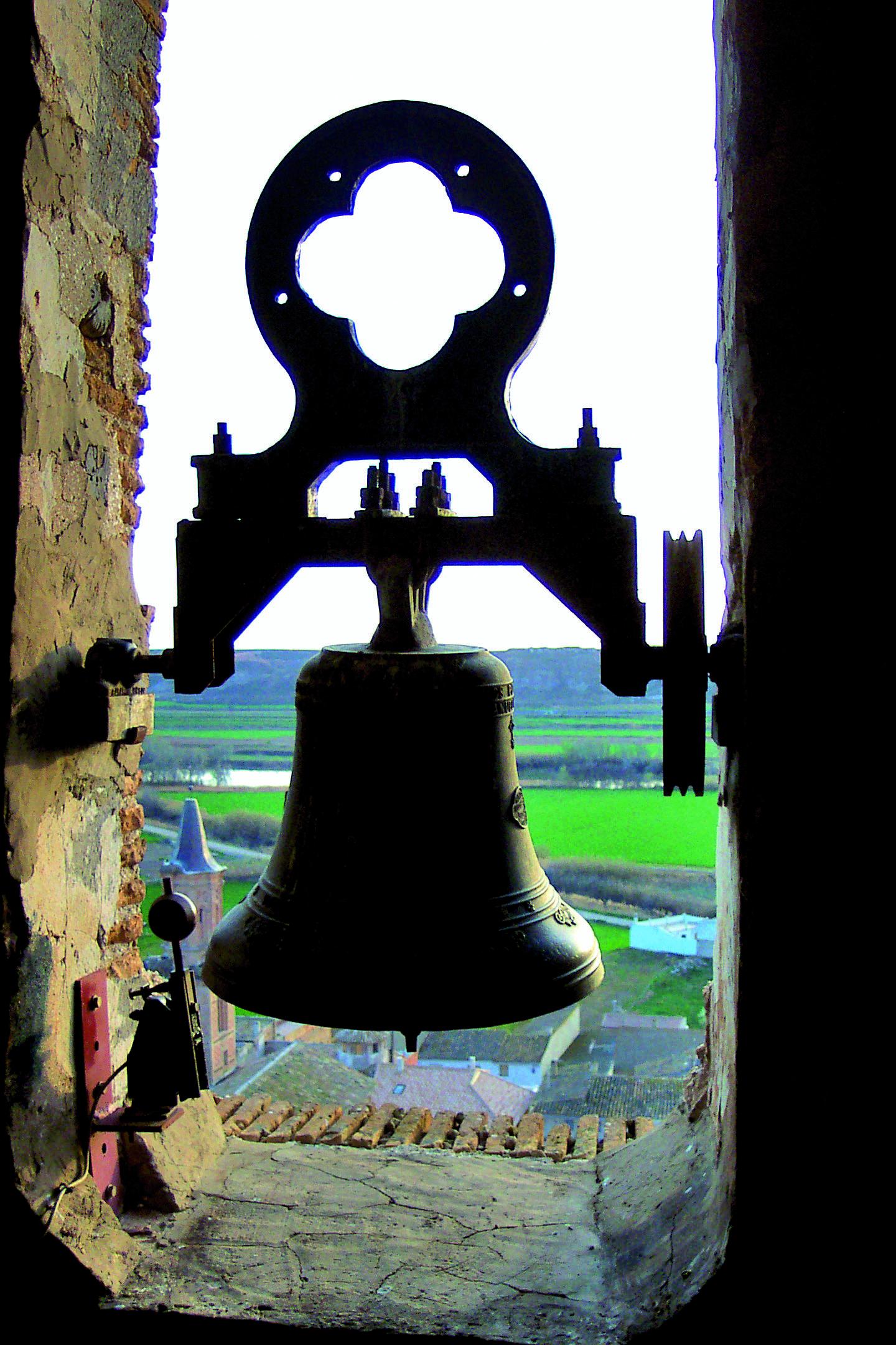 Resultado de imagen de campana de Velilla de Ebro